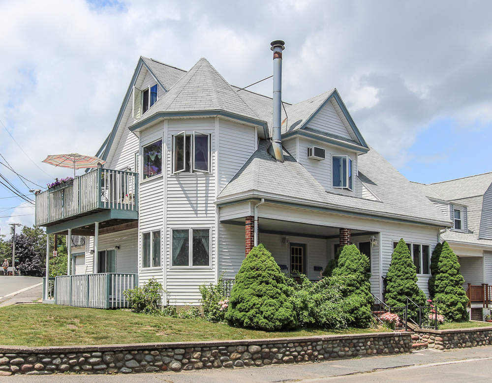 59 Irving Way Nahant, MA