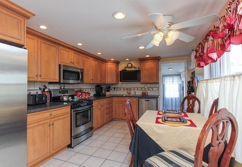 Kitchen 59 Irving Way Nahant, MA