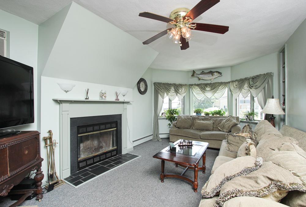 Living Room 59 Irving Way Nahant, MA