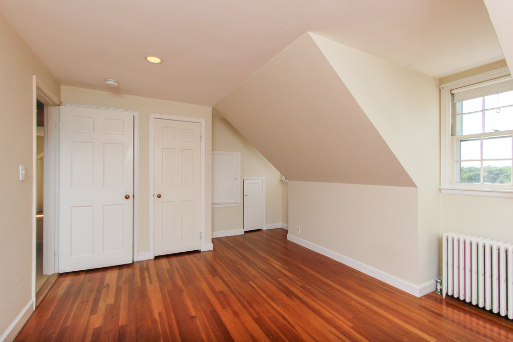 3rd Bedroom 24 Marble Road Gloucester, MA