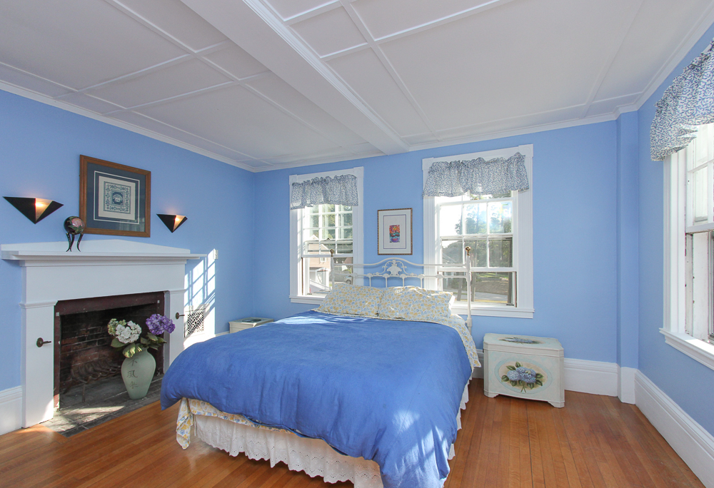 Bedroom 28 Hale Street Beverly, MA