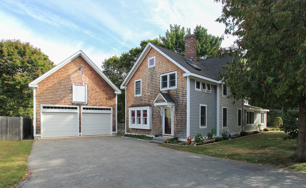 Garage 372 Essex Street Hamilton, MA
