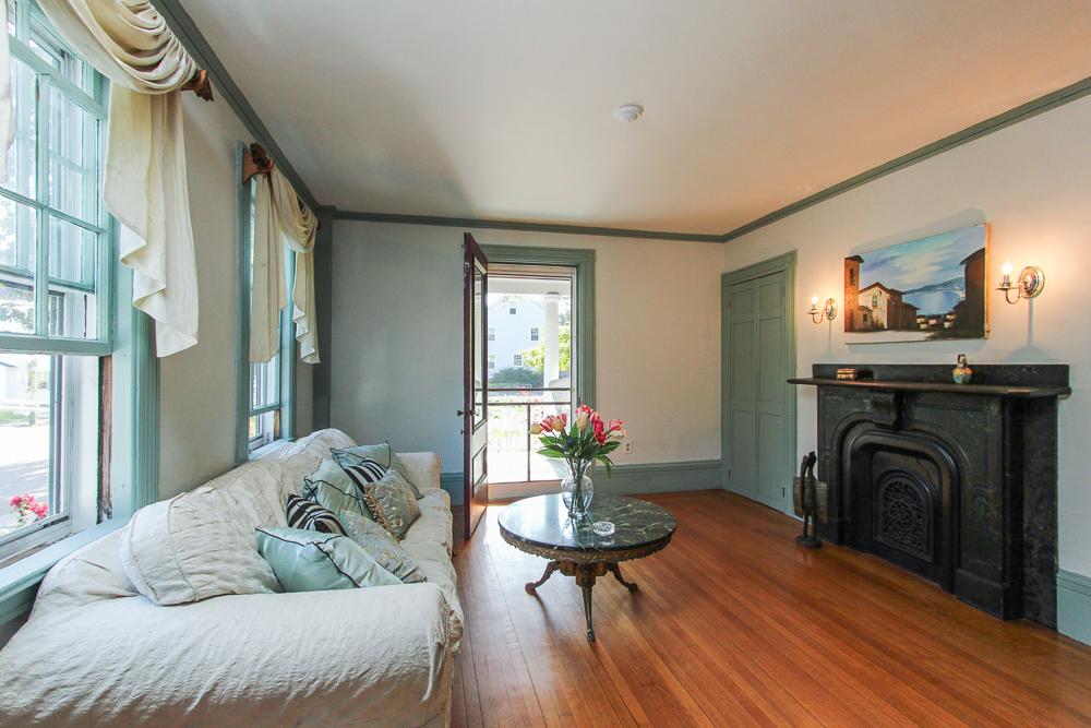 Living Room 28 Hale Street Beverly, MA