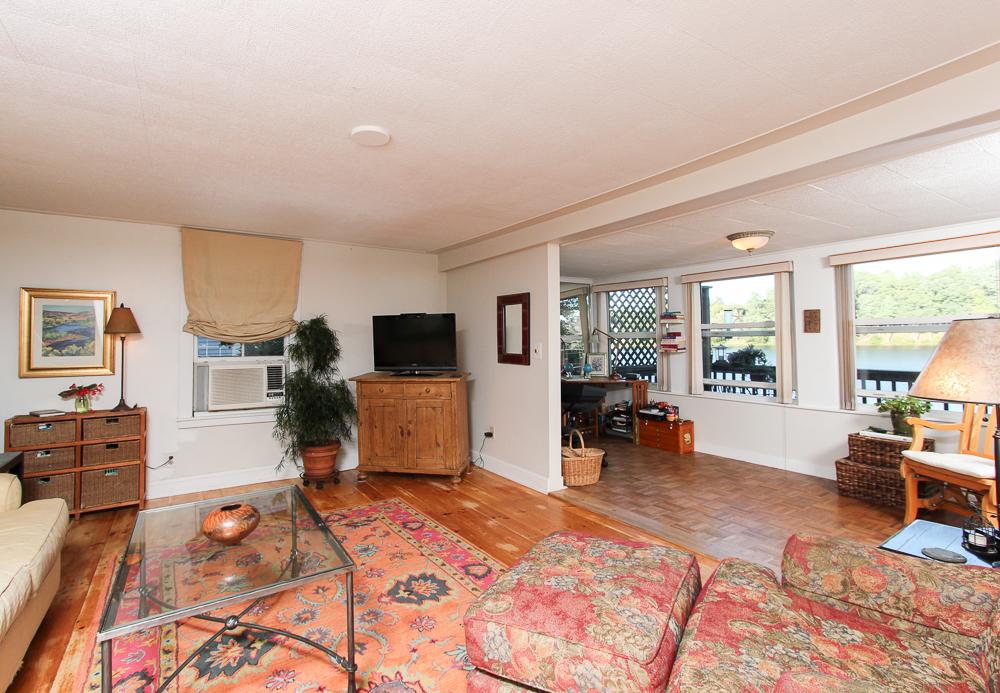 Living Room 28 Batchelder Park Wenham, MA