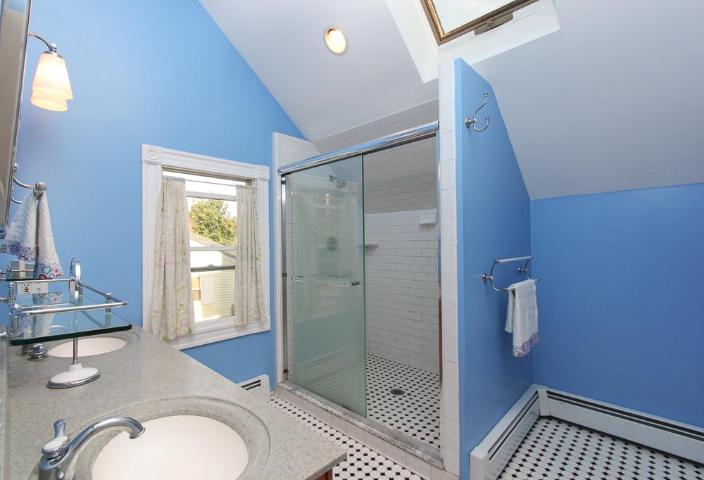Master Bath 372 Essex Street Hamilton, MA