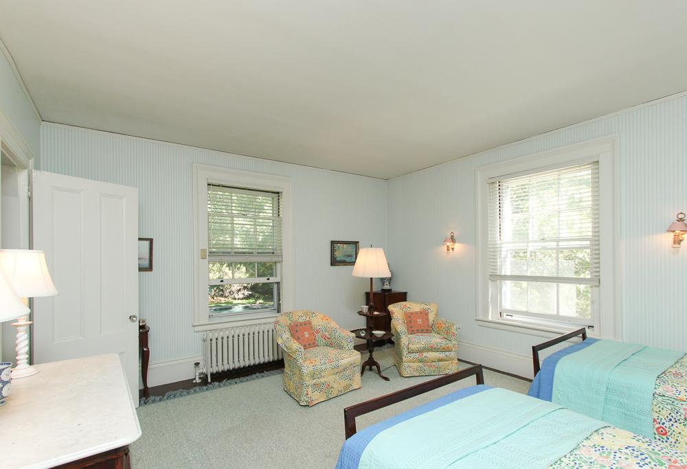 Bedroom 25 Meyer Lane Hamilton, MA
