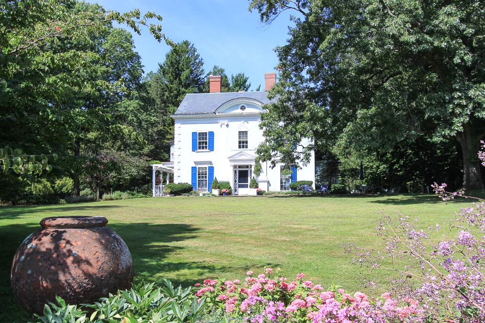 Lawn 25 Meyer Lane Hamilton, MA