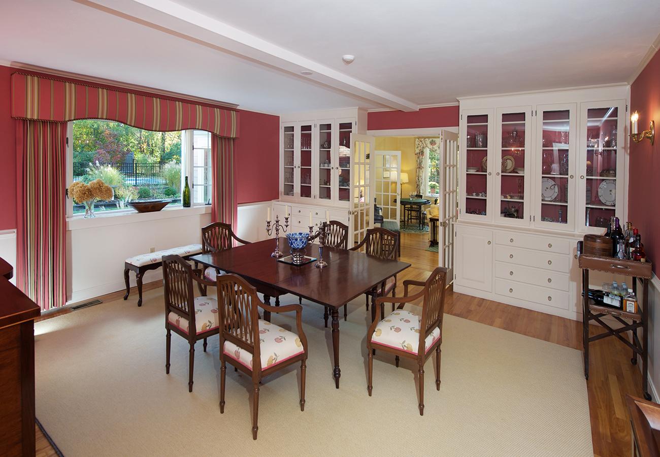 Dining Room 33 Essex Street Hamilton, MA