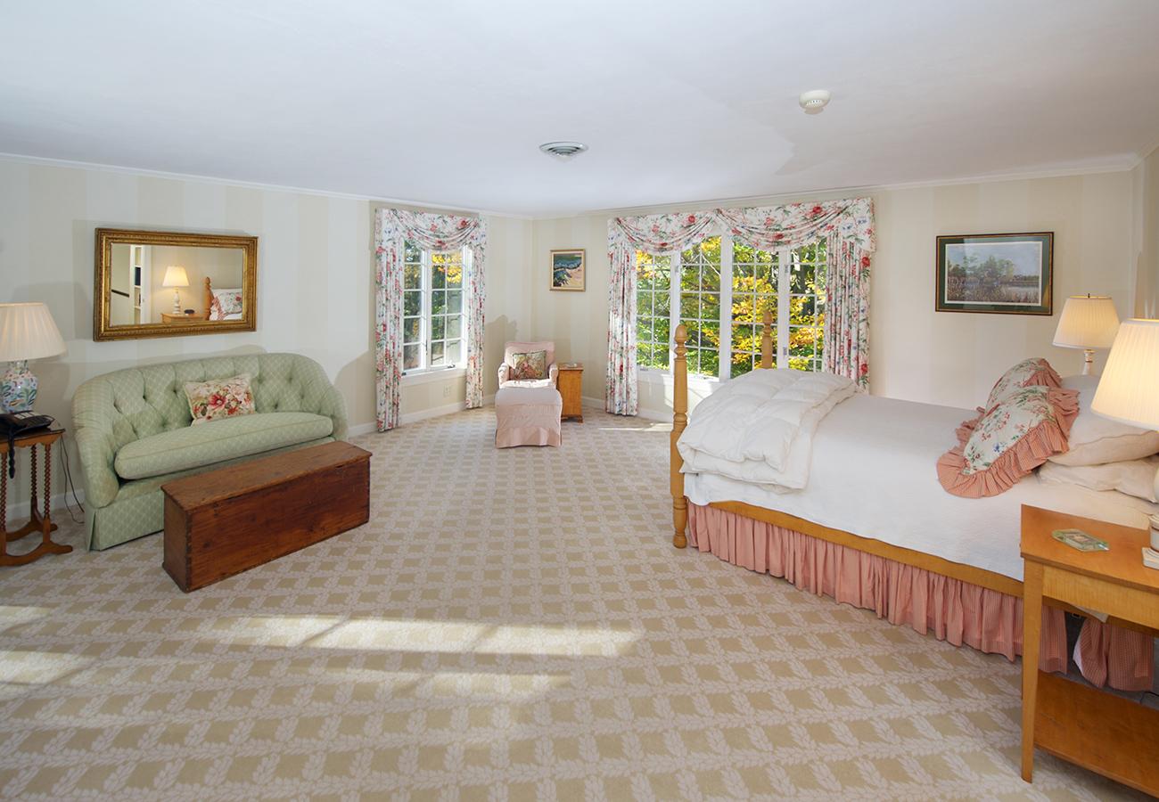 Master Bedroom 33 Essex Street Hamilton, MA