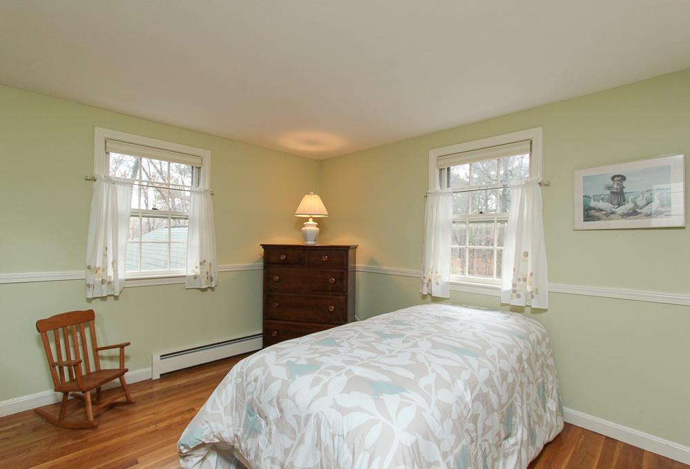 Bedroom 14 Daniels Road Wenham, MA