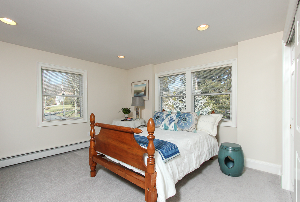 2nd Bedroom 89 Seaview Avenue Marblehead, MA