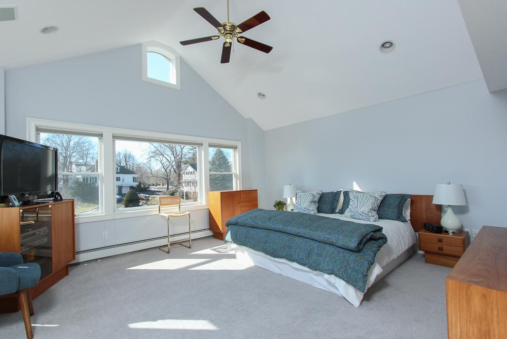 Master Bedroom 89 Seaview Avenue Marblehead, MA