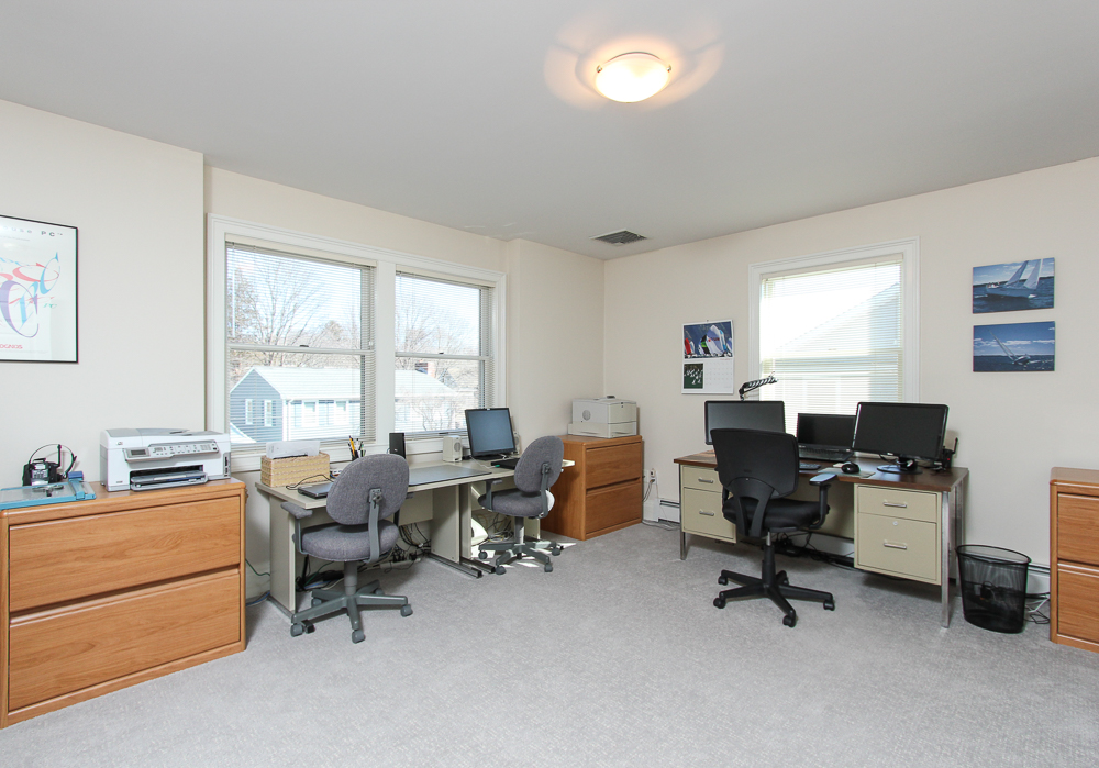 Office 89 Seaview Avenue Marblehead, MA
