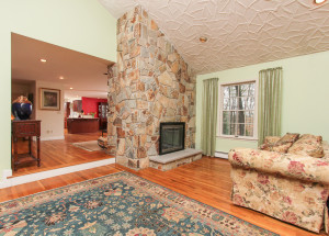 Family Room 21B Lakeshore Road Boxford, MA