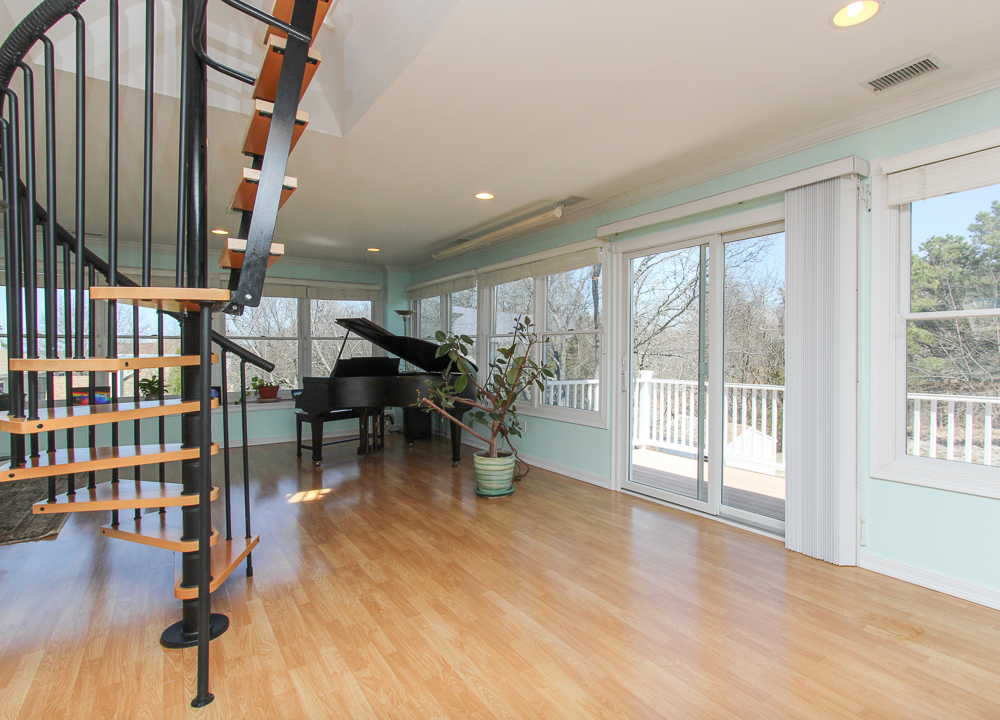 Great Room Castleview Drive Gloucester, MA