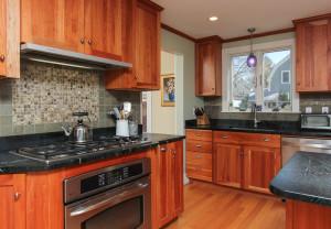 3 Kitchen 47 Hamilton Avenue Hamilton, MA
