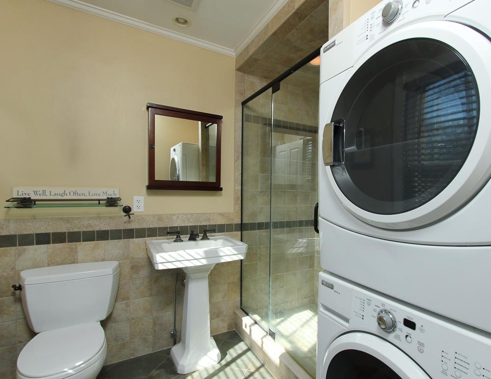 Bathroom &and Laundry 47 Hamilton Avenue Hamilton, MA