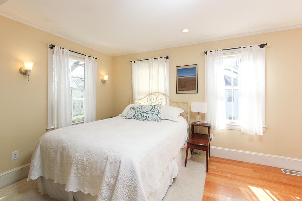 Master Bedroom 47 Hamilton Avenue Hamilton, MA