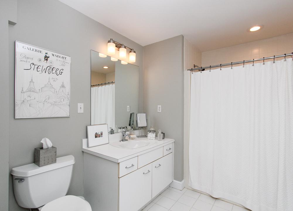 Bathroom 4 William Fairfield Drive Wenham, MA