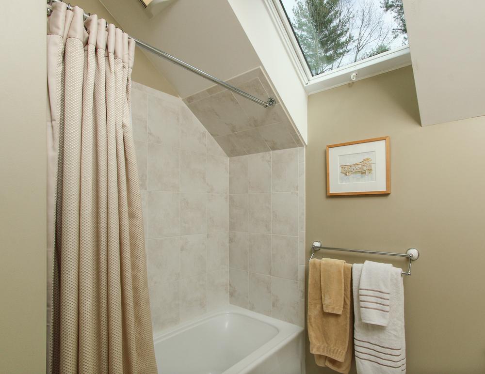 Bathroom 40 Beaver Pond Road Beverly, MA