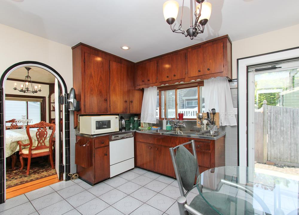 Kitchen 101 Sunnyside Avenue Winthrop, MA