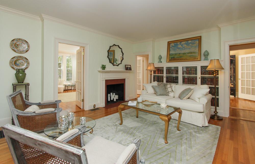 Living Room 104 Essex Road Ipswich, MA