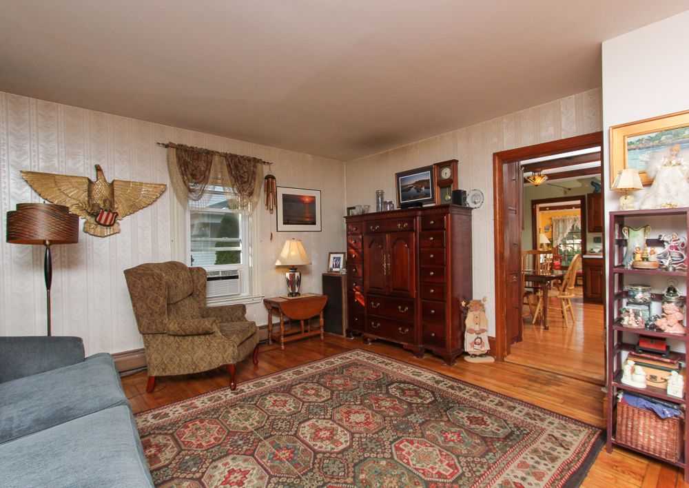 Living Room 51 Mill Street Hamilton, MA