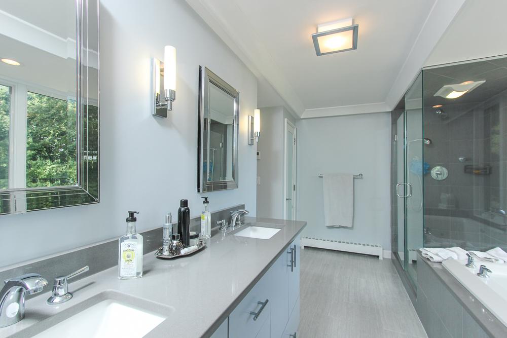 Master Bathroom 58 Farley Avenue Ipswich MA