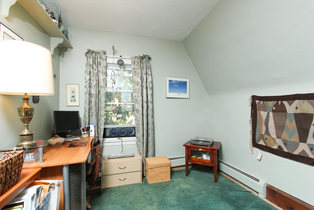 Bedroom 51 Mill Street Hamilton, MA