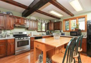 kitchen-51-mill-street-hamilton-ma