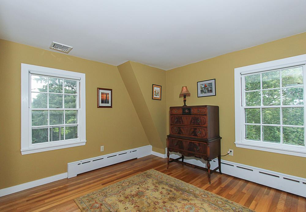 Bedroom 4 Lanes Road Essex Massachusetts