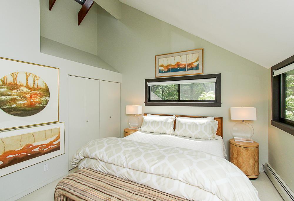Main bedroom 27 Miles River Road Hamilton Massachusetts