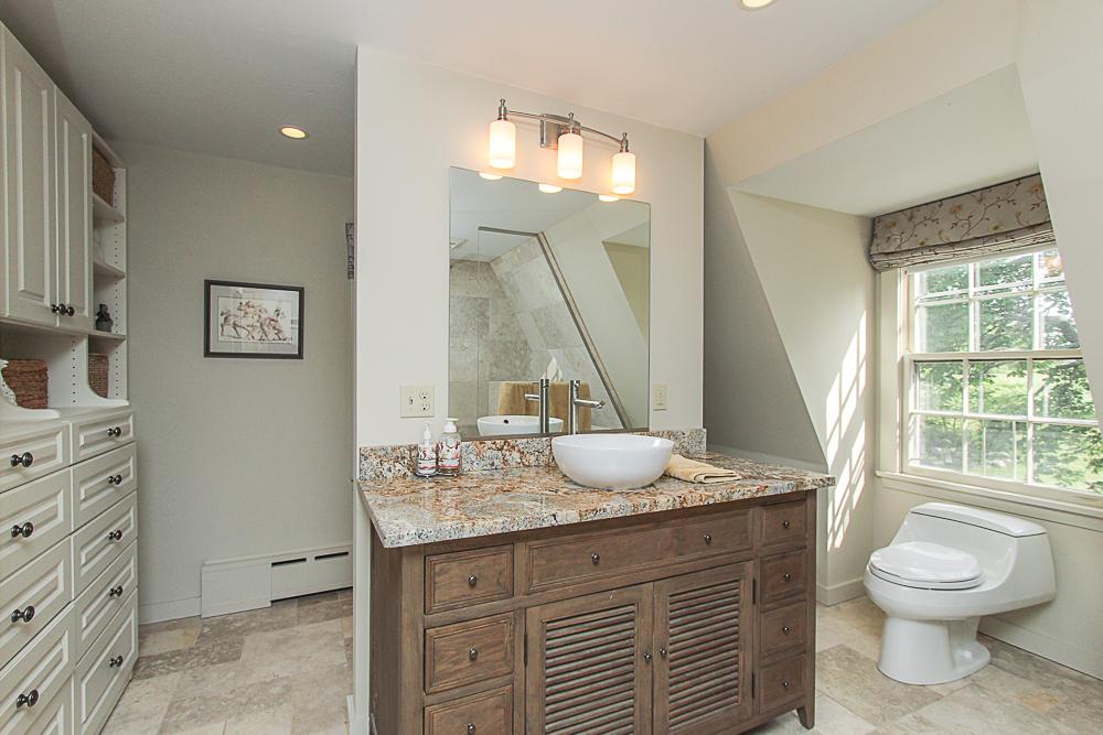 Main Bathroom 4 Lanes Road Essex Massachusetts