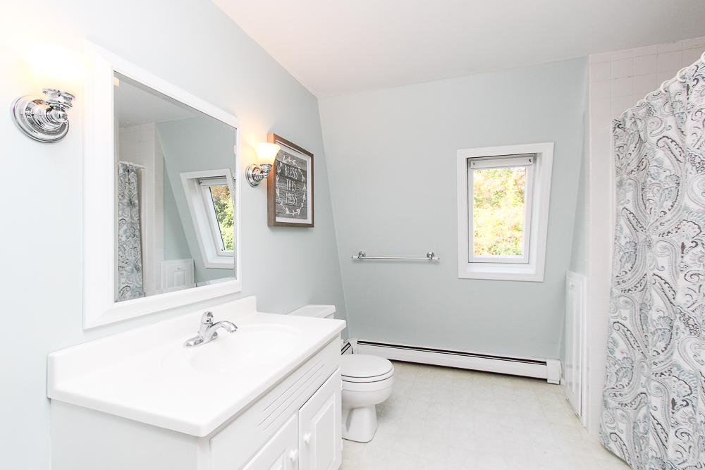 Bathroom 245 Sagamore Street Hamilton Massachusetts