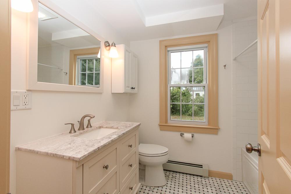 Bathroom 80 Union Street Hamilton Massachusetts