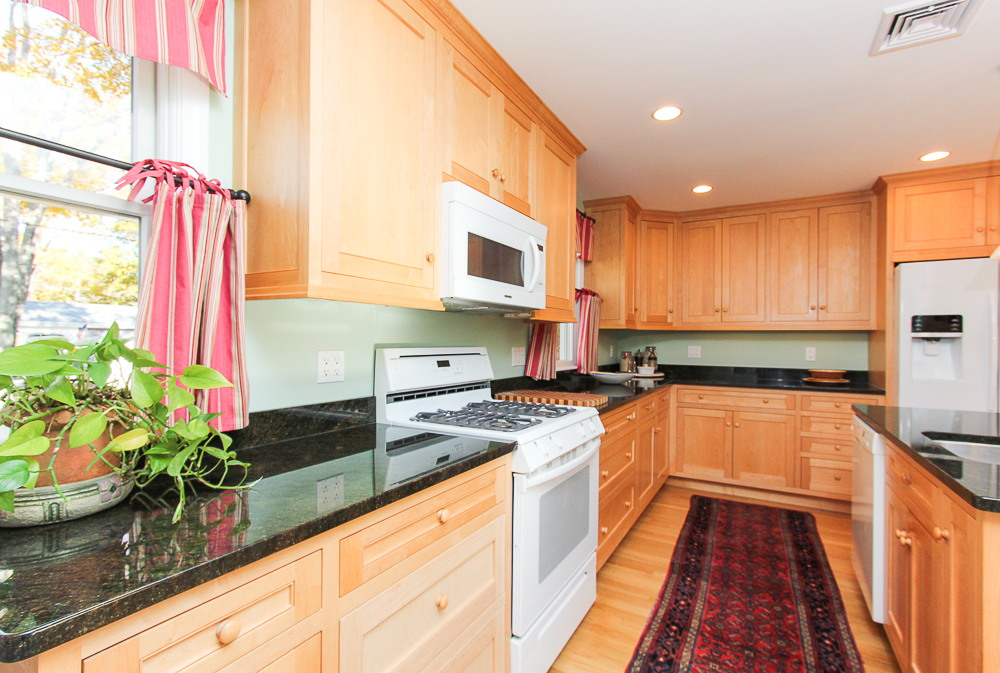 Kitchen work space 31 Orchard Road Hamilton Massachusetts