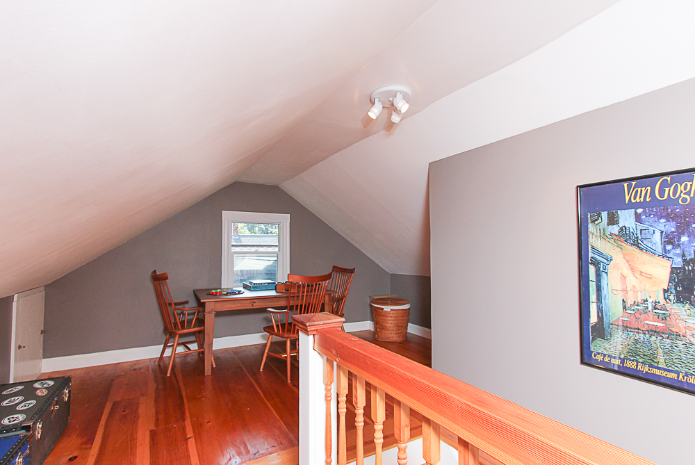 Third Floor Bonus Room 25 Park Street Hamilton Massachusetts