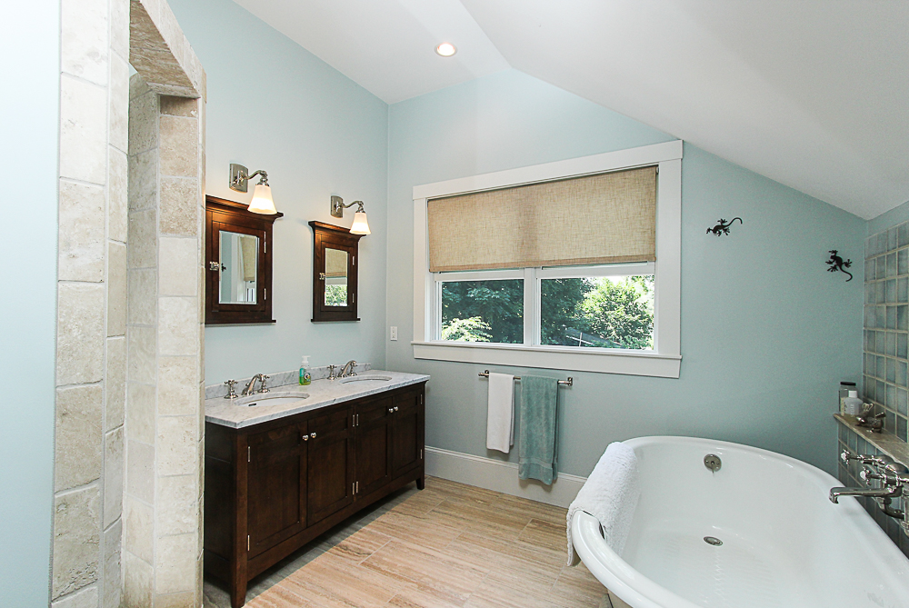 Master Bath Soaking Tub 25 Park Street Hamilton Massachusetts