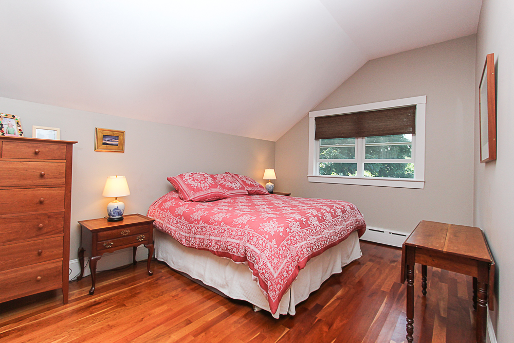 Master Bedroom 25 Park Street Hamilton Massachusetts