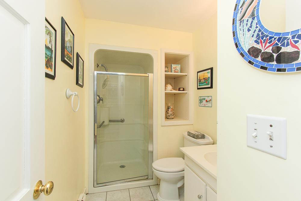 Bathroom 140 Bridge Street Hamilton Massachusetts