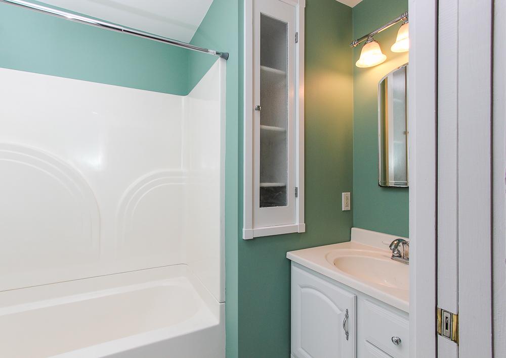 Bathroom 68 Union Street Hamilton Massachusetts