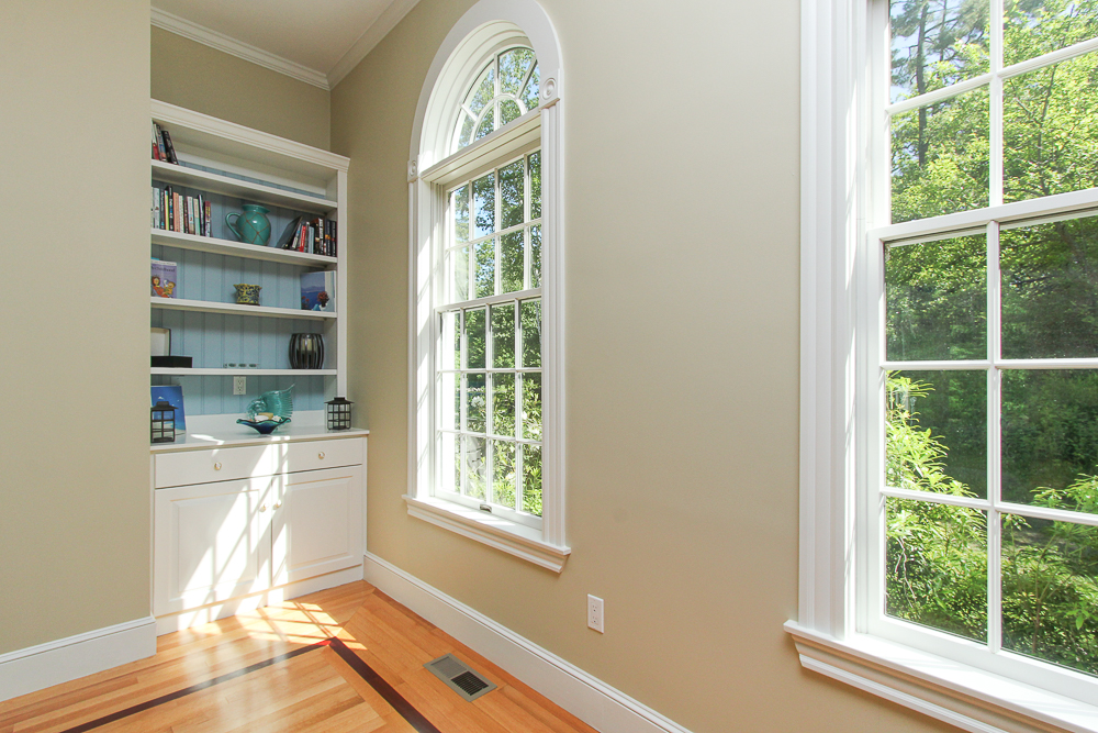 Family room Built-in bookcase 8 Gussett Road Wenham Massachusetts