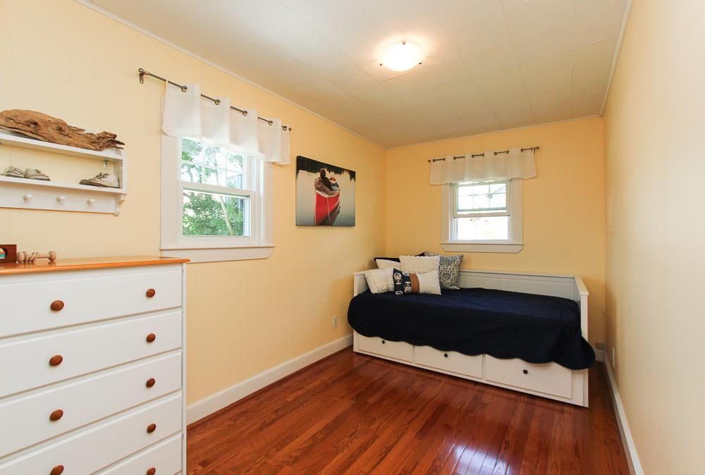Bedroom with hardwood floors 18 Hobart Avenue Beverly Massachusetts