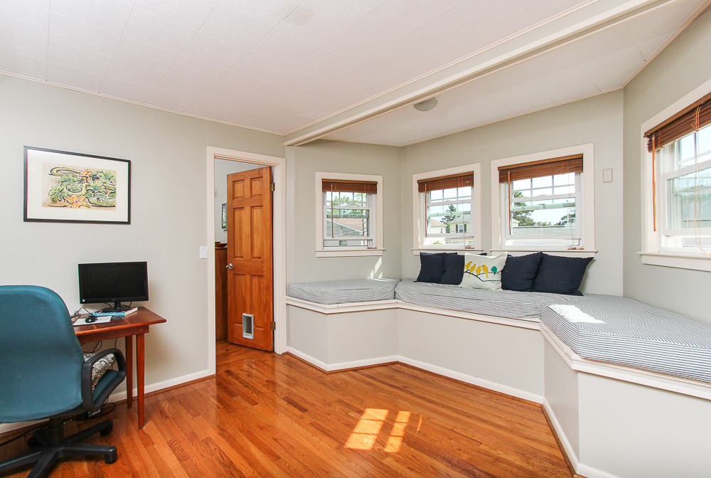Office with window seat 18 Hobart Avenue Beverly Massachusetts
