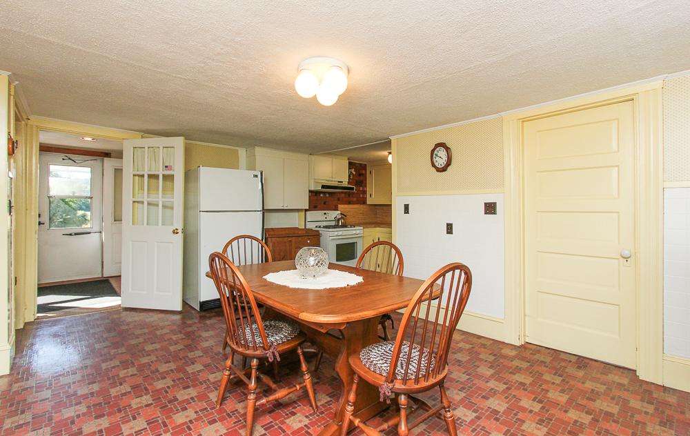 Large eat-in kitchen vinyl floors 115 South Main Street Topsfield Massachusetts