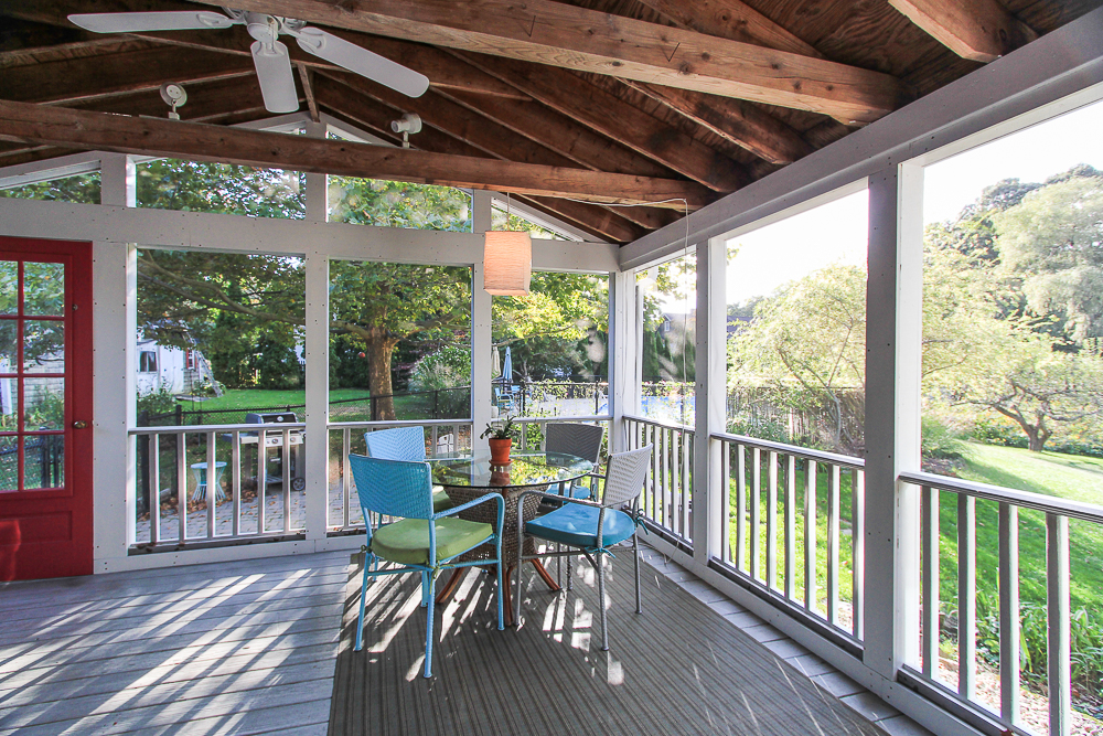 Screened porch 72 Hamilton Avenue Hamilton, MA