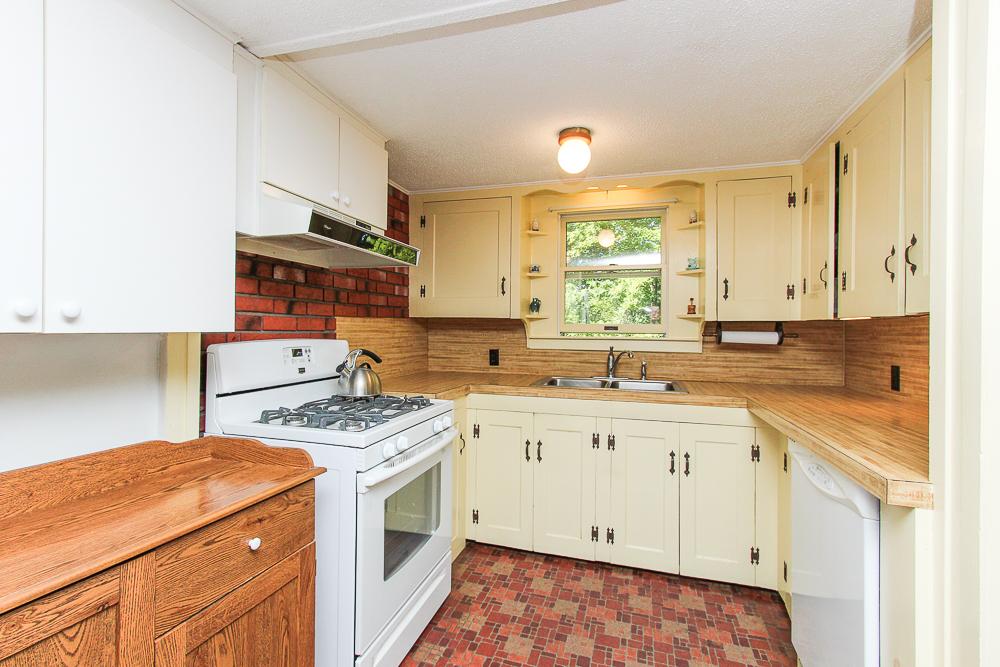 Kitchen 115 South Main Street Topsfield Massachusetts