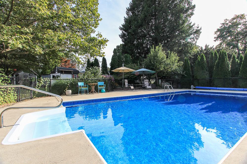 Pool 72 Hamilton Avenue Hamilton, MA