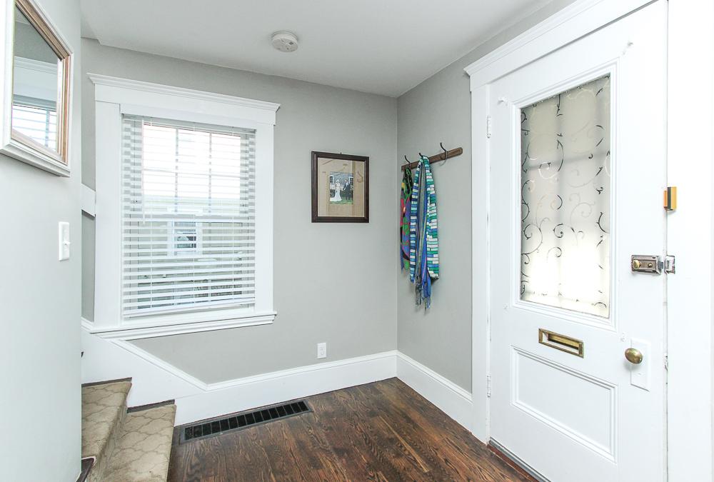 Foyer 43 Lawrence Street Danvers MA