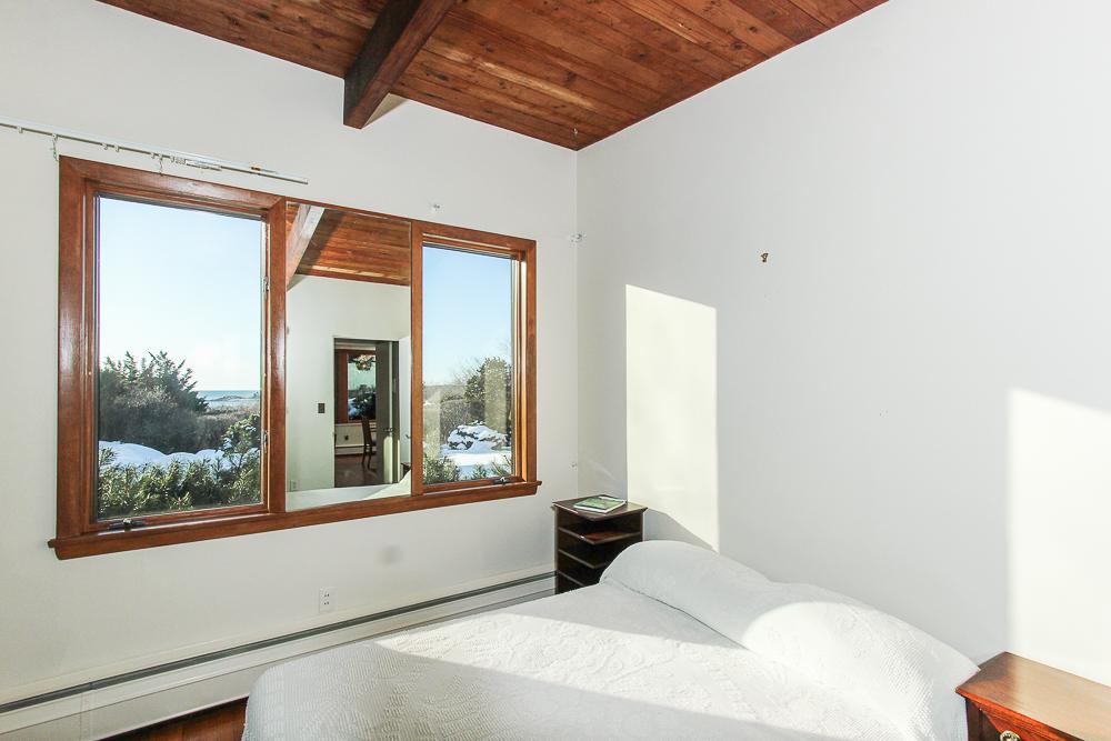 Bedroom 27 Edgemoor Road Gloucester MA